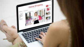 ネット通販で服を買うときに失敗しない選び方とは?